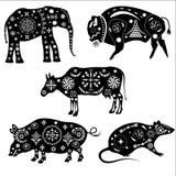 Комплект силуэтов животных с картинами Слон, буйвол Стоковое Изображение