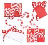 Комплект совершенно упакованной коробки и карточек 2 подарков Стоковое Изображение RF