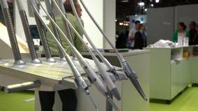 Комплект стоматологических сверл и инструментов сток-видео