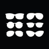 Комплект холодных и ультрамодных солнечных очков Стоковые Фотографии RF