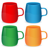 Комплект чашек различного цвета Бесплатная Иллюстрация