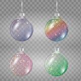 Комплект шариков рождества в других цветах на прозрачной предпосылке Стоковое Фото