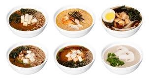 Комплект шаров при азиатские супы изолированные на белизне Стоковая Фотография