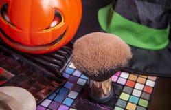 Комплект щеток для состава с шляпой тыквы и ведьмы Стоковые Фото