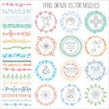 Комплект щеток doodle зимы белизна изоляции декора рождества покрашено иллюстрация вектора