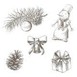 комплект элементов конструкции рождества Pinecone, колокол, игрушка, снеговик, подарок, смычок вычерченная рука иллюстрация вектора