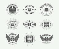 Комплект ярлыков винтажного рэгби и американского футбола, эмблем и логотипов Стоковые Изображения
