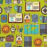 Комплект doodle вектора с приключением значков перемещения исследует картину Doodle рюкзака карты билета пасспорта камеры безшовн Стоковое фото RF
