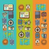 Комплект doodle вектора с приключением значков перемещения исследует картину Doodle рюкзака карты билета пасспорта камеры Стоковое Изображение