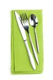 Комплект Silverware или flatware вилки, ложки и ножа на полотенце Стоковое Изображение