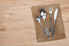 Комплект Silverware или flatware вилки, ложки и ножа Стоковое Фото