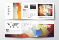 Комплект trifold брошюр, квадратных шаблонов дизайна Абстрактная красочная полигональная предпосылка, современный стильный треуго иллюстрация штока