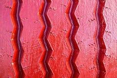 Конец-вверх автошины лета покрашенный в красном цвете Стоковое Фото
