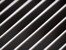 Конец-вверх алюминиевого гриля крышки с картиной раскосных линий Стоковая Фотография