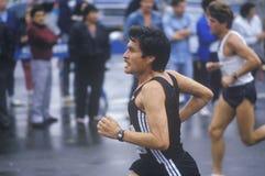 Конец-вверх бегуна в марафоне города NY, Бруклина, NY Стоковое Изображение RF