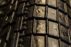 Конец-вверх больших черных цапф трактора Стоковые Фотографии RF