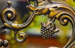 Конец-вверх выкованного элемента, винтажной загородки Стоковые Фотографии RF