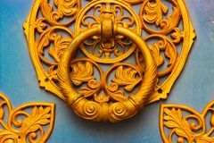 Конец-вверх выкованного элемента, винтажной загородки Стоковые Фото