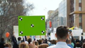 Конец-вверх головы человека на забастовке Бой для свободы в Америке замедленное движение видеоматериал