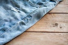 Конец вверх голубых джинсов Стоковое Изображение