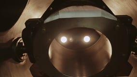 Конец-вверх двигающей части в промышленном предприятии Машина работает видеоматериал