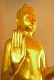 Конец-вверх золота руки Будды Стоковые Изображения RF