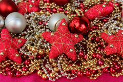 Конец-вверх игрушек рождества сияющий Состав рождества Стоковое фото RF