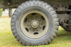 Конец-вверх колеса военного транспортного средства Стоковое Фото
