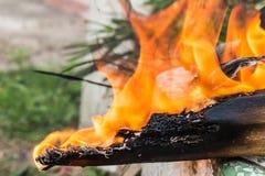 Конец-вверх огня дыма конца-Вверх деревянного огня деревянный Стоковые Изображения