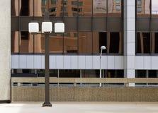 Конец-вверх отражения окна зеркала современной архитектуры Городской Денвер, Колорадо стоковые фотографии rf