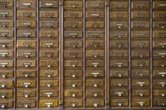 Конец-вверх очень старого шкафа apothecary стоковое изображение rf