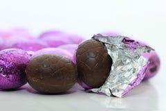 Конец-вверх пасхального яйца шоколада Стоковая Фотография RF