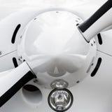 Конец-вверх подсказки легкого воздушного судна с началом пропеллера, отрезок  Стоковые Фотографии RF