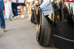 Конец вверх по колесу быстрого делюкс автомобиля мышцы большому стоковая фотография rf