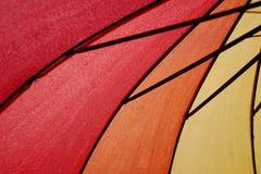 Конец вверх по съемке радуги покрасил зонтик Стоковая Фотография