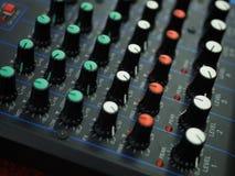 Конец вверх по ядровому аудио тюнеру стоковое фото