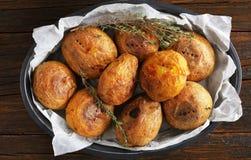 Конец-вверх свеже испеченных всех картошек Стоковое Изображение RF