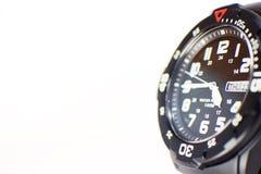 Конец-вверх снял черных наручных часов с космосом экземпляра Стоковая Фотография