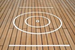 Конец-вверх суда Quoits на палубе корабля стоковое фото rf