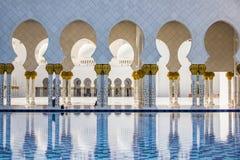 Конец вверх шейха Zayed Грандиозн Мечети в Абу-Даби Стоковое фото RF