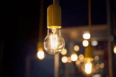 Конец-вверх электрической лампочки Стоковые Изображения RF