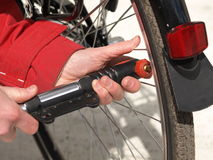конец велосипеда нагнетает вверх Стоковые Изображения