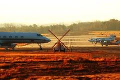 Конец взлётно-посадочная дорожка Стоковое Изображение RF