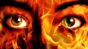 Конец огня стороны женщины вверх стоковая фотография rf
