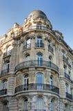 Конец парижских домов улицы Стоковые Фото