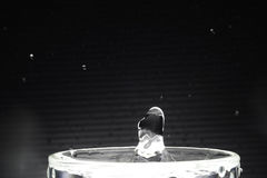 Конец падения воды вверх по изображению Стоковые Изображения