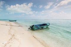 Конец пляжа Gulhi южный острова Gulhi, Мальдивов Стоковые Фотографии RF