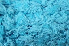 Конец текстуры пряжи сини младенца вверх Стоковая Фотография RF