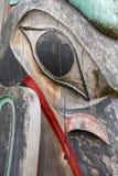 Конец тотемного столба Haida вверх Стоковые Изображения RF