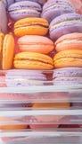 Конец Macarons француза вверх по взгляду v Стоковое фото RF